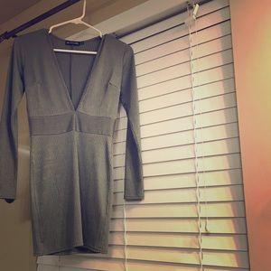 Low neck dress